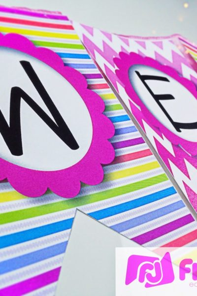 Bilingual Neon Welcome Banner