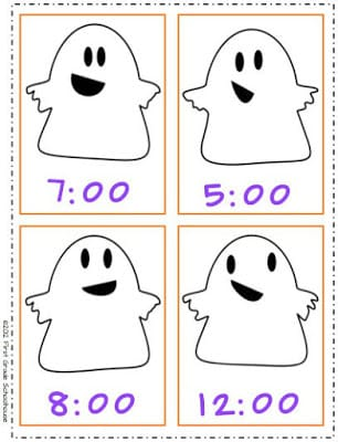 Halloween Center Telling Time to the Hour